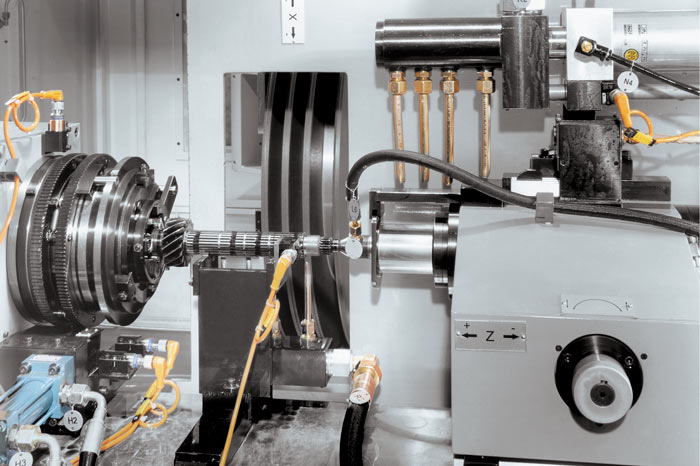 Grinding of the primary shaft. CBN wheel